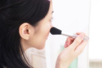 【夢占い】 化粧 夢の本当の意味とは